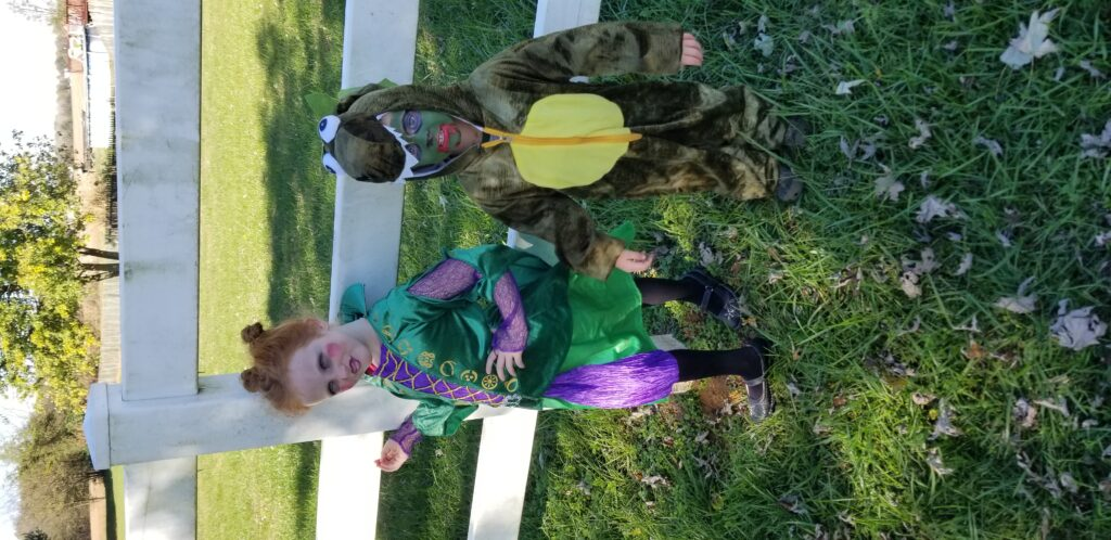 Winifred Sanderson & Dino